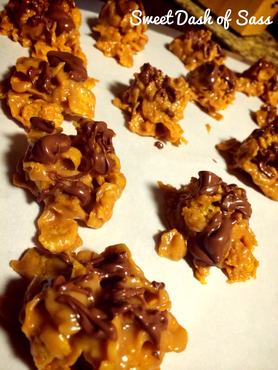 Peanut butter frosted flakes treats for Easy sweet treats with peanut butter