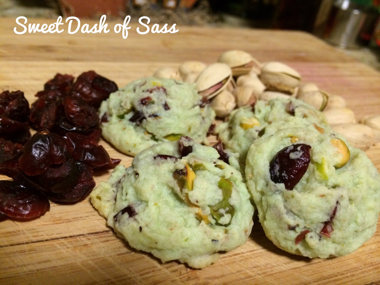 Pistachio Cranberry Cookies - 25 Days of Christmas - Cookie Style - www.SweetDashofSass.com