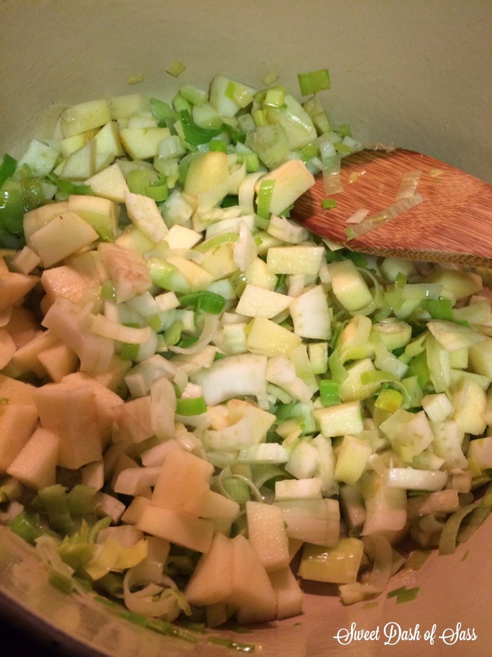 Apple Leek Fennel Walnut Soup - www.SweetDashofSass.com