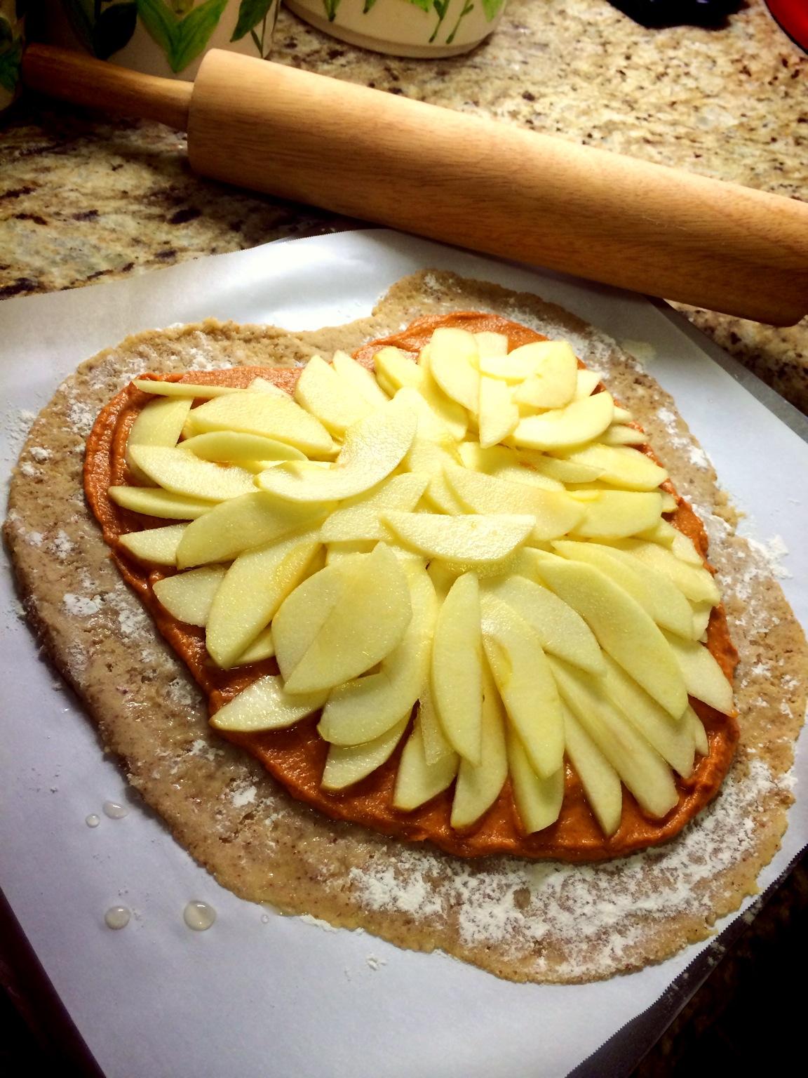 Apple Pumpkin Galette - www.SweetDashofSass.com